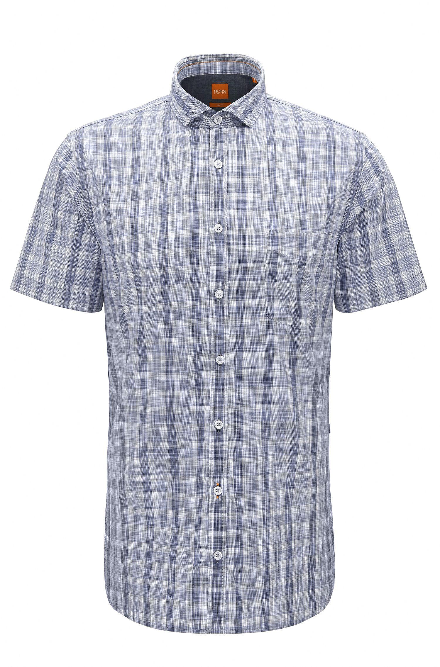 Slim-Fit Hemd aus stückgefärbter Baumwolle