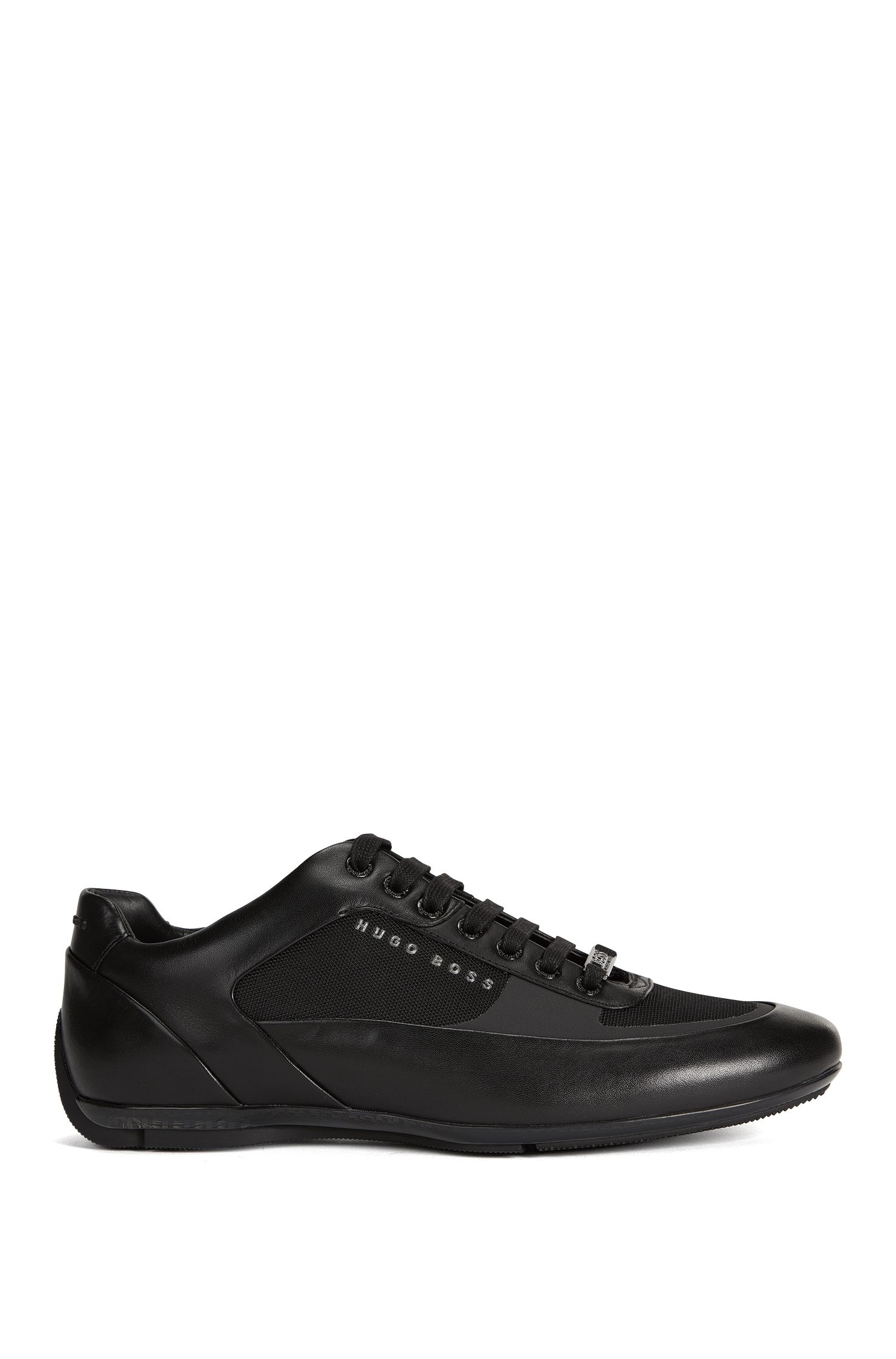 Lace-up trainers with hybrid uppers