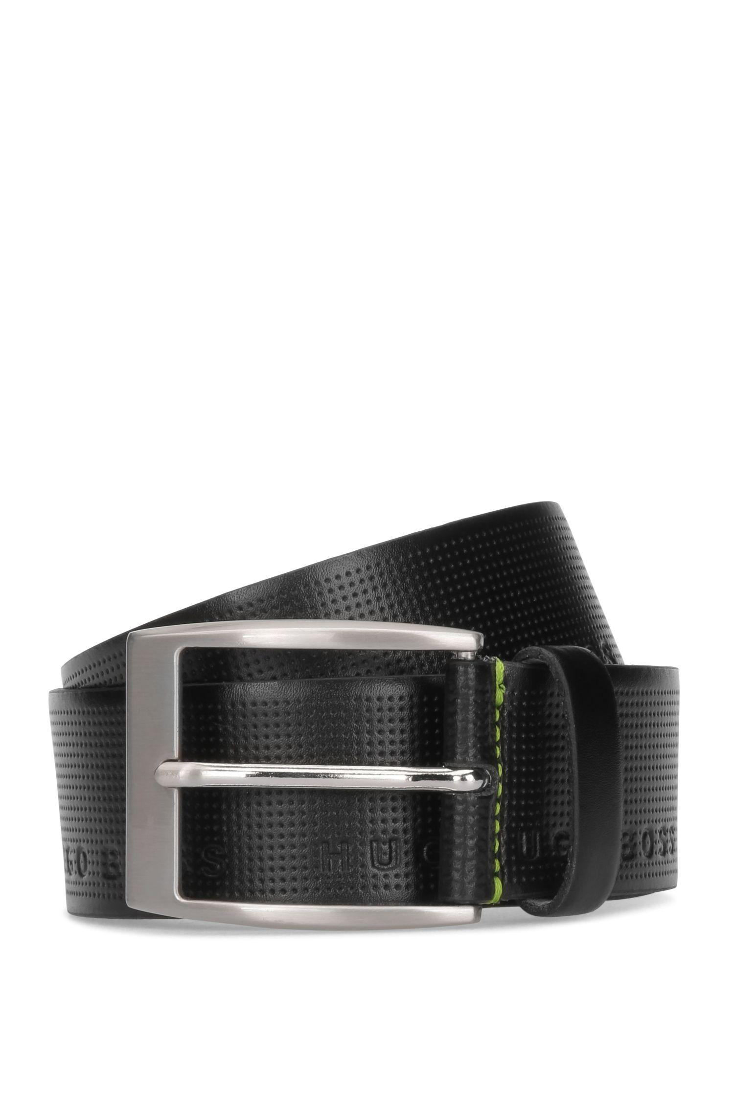 Cinturón de piel con logo grabado