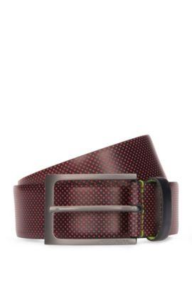 Cinturón de piel con perforado contrastado, Rojo oscuro