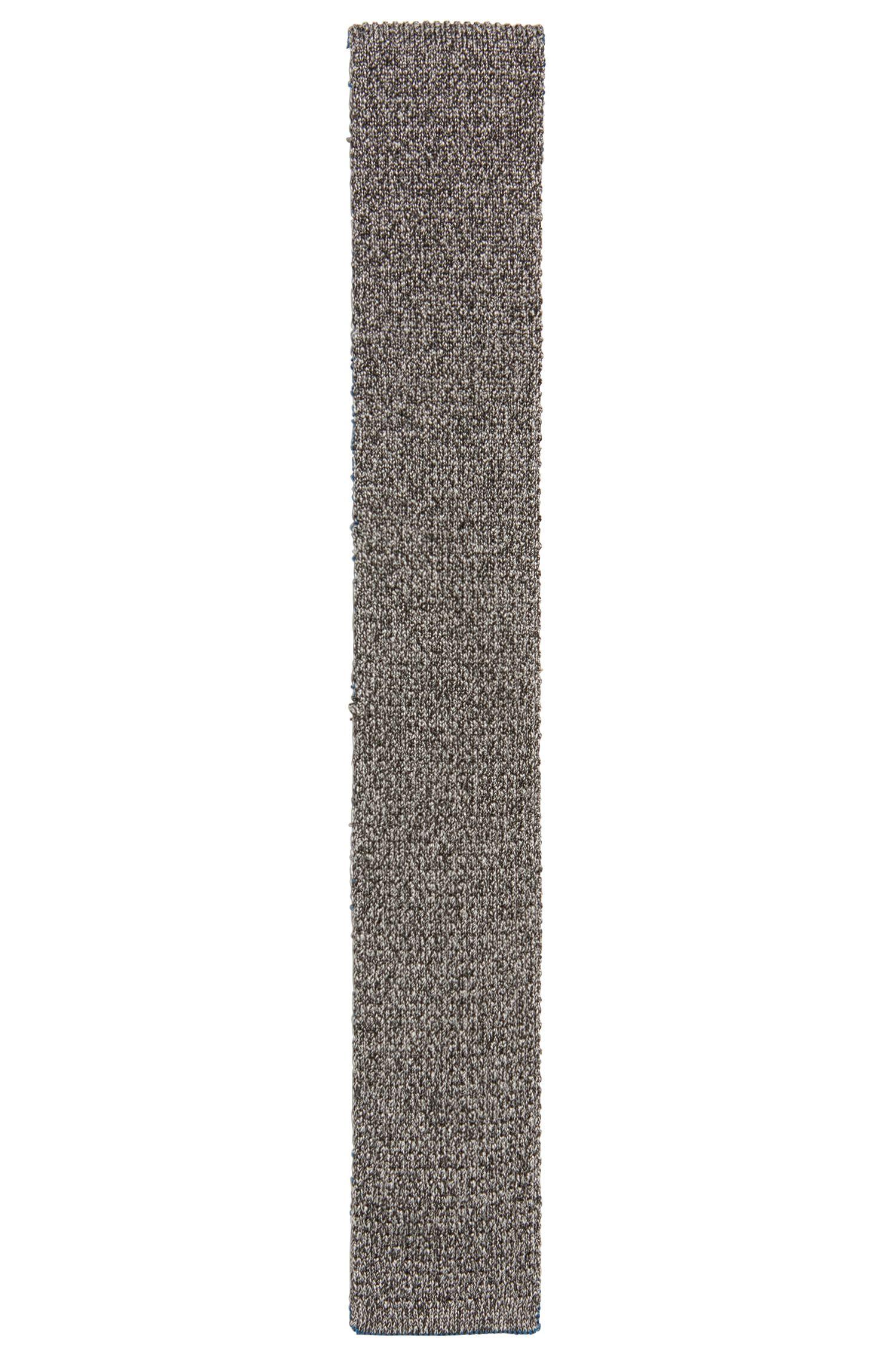 Corbata reversible con extremo cuadrado en seda de punto