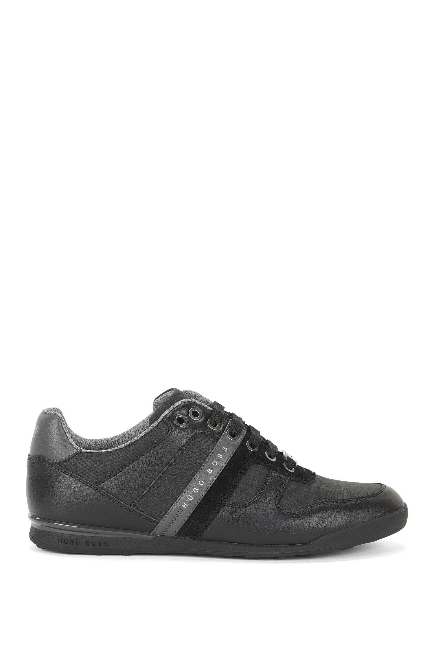 Sneakers low-top in pelle e inserti in denim