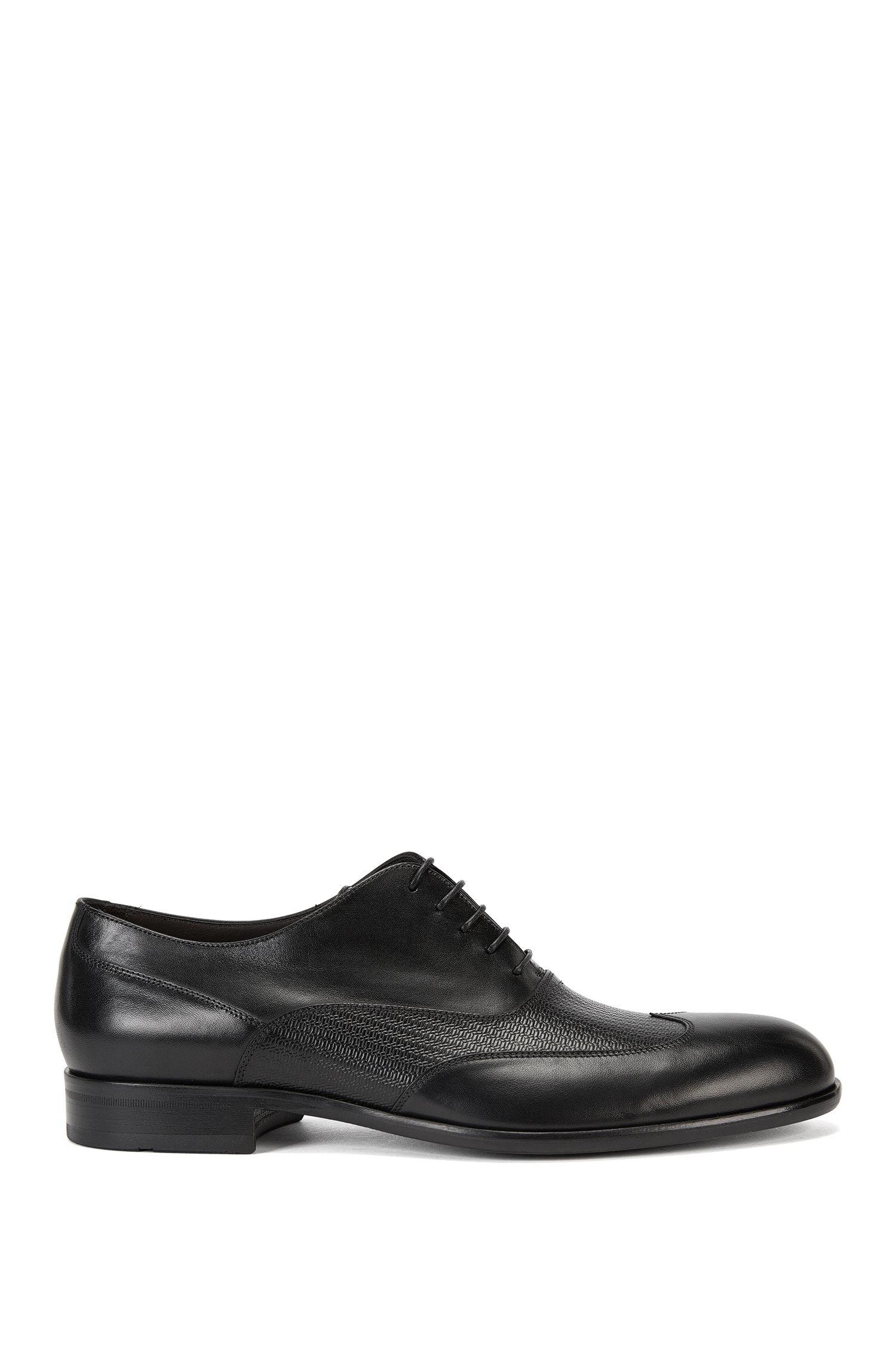 Oxford-Schuhe mit Details aus Print-Leder