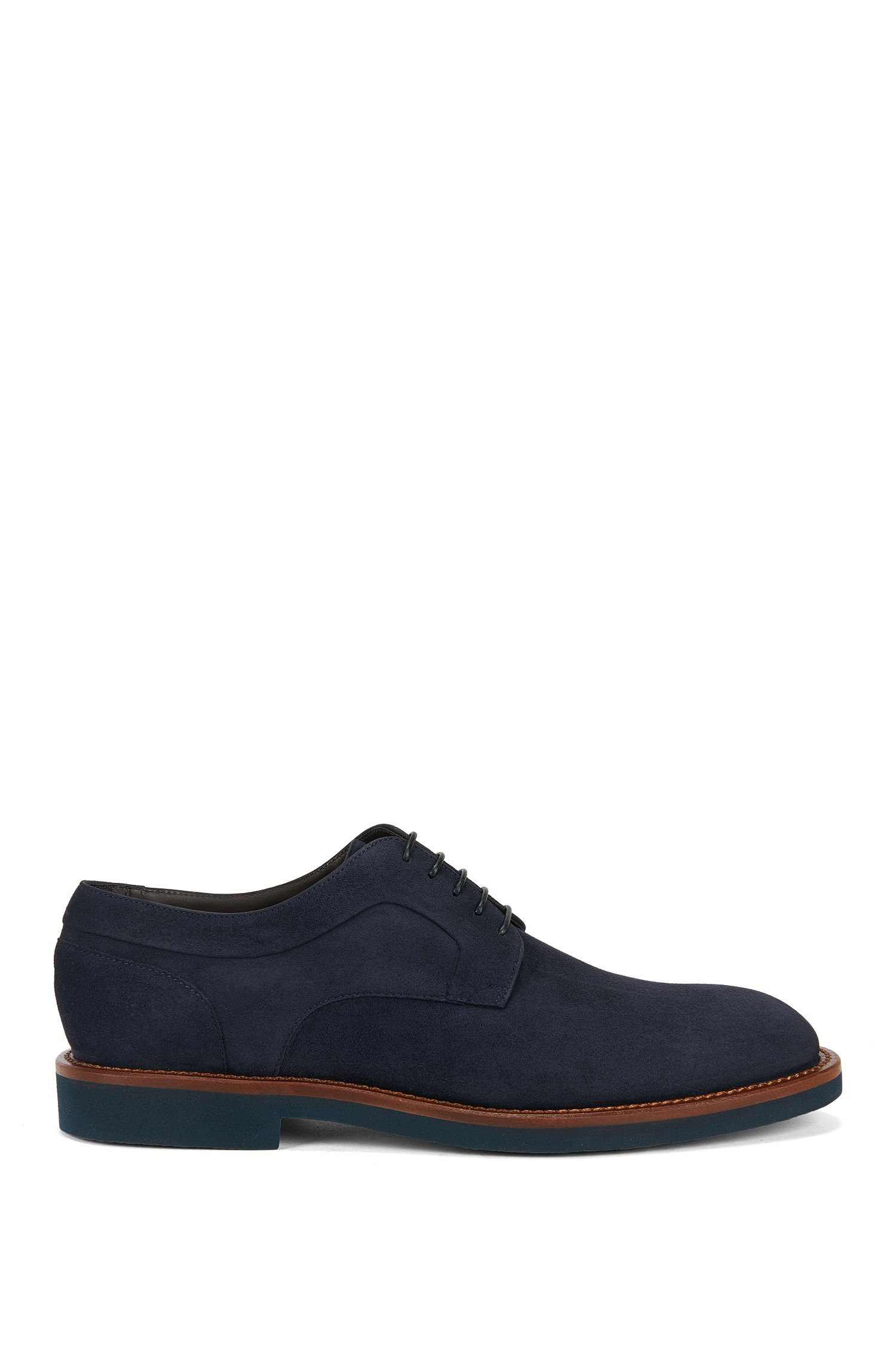 Chaussures derby lacées en daim