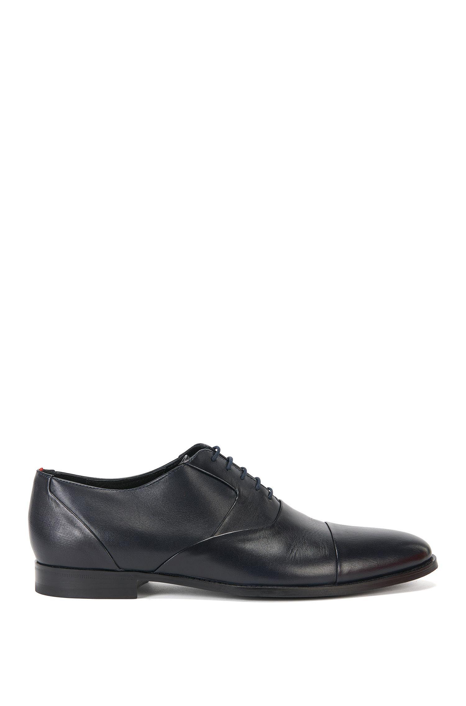 Oxford-Schuhe mit Details aus Saffians-Leder