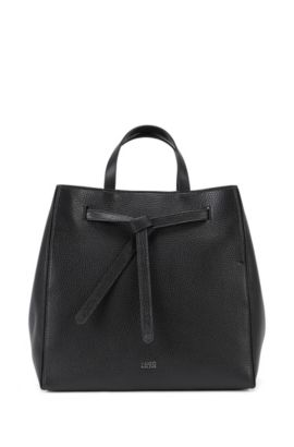 Leather tote bag with modern drawstring closure , Black