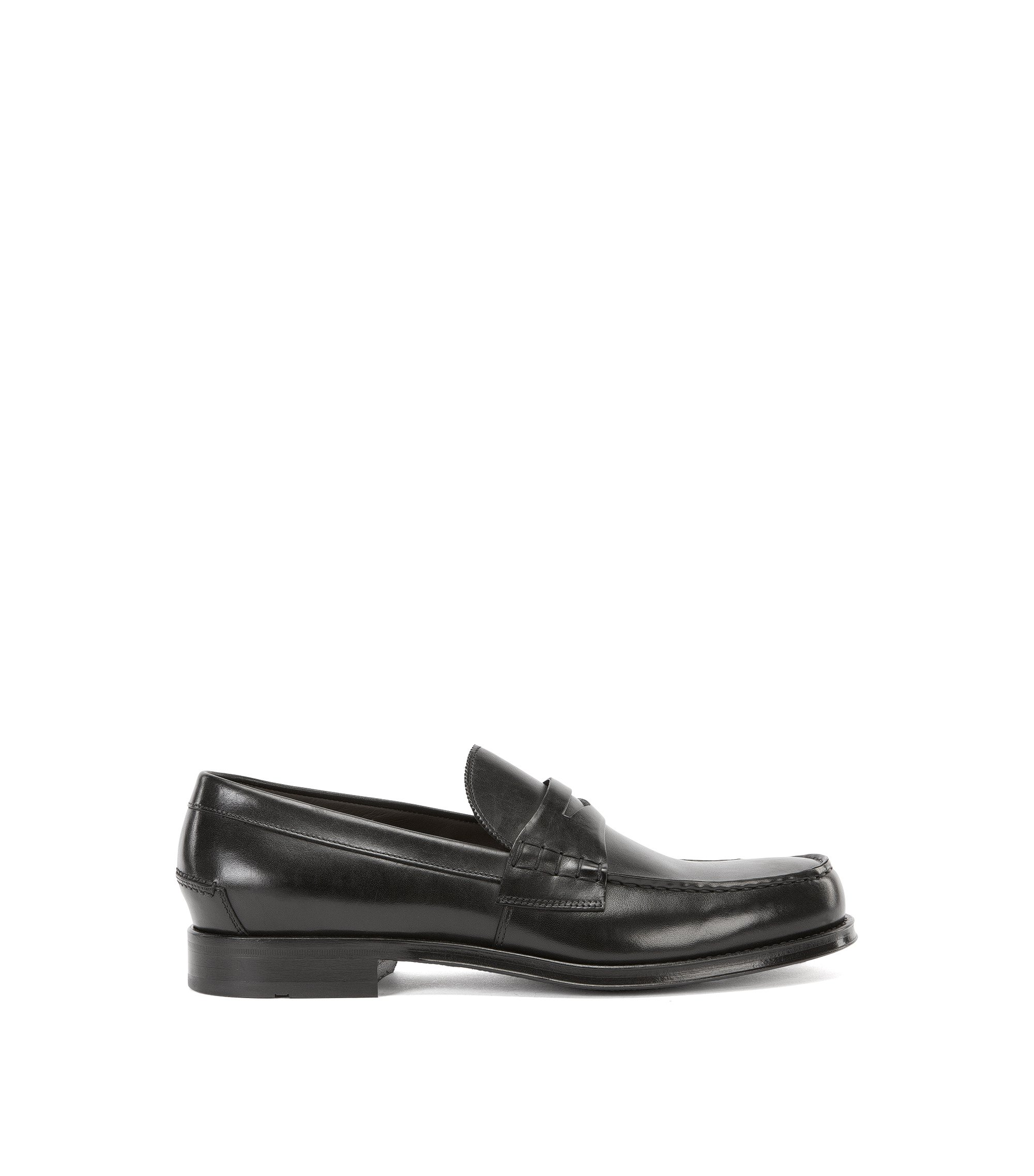 Leather loafers with moccasin detail, Black