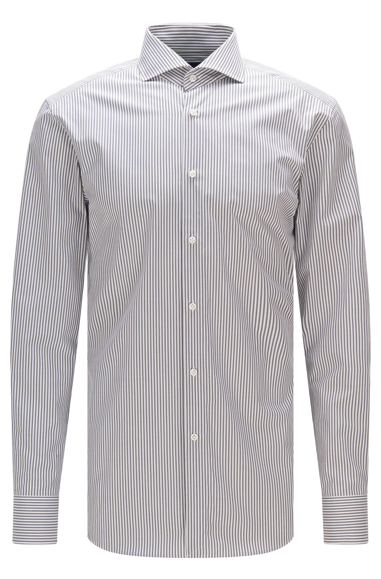 Camisa slim fit de sarga de algodón con estampado de raya diplomática