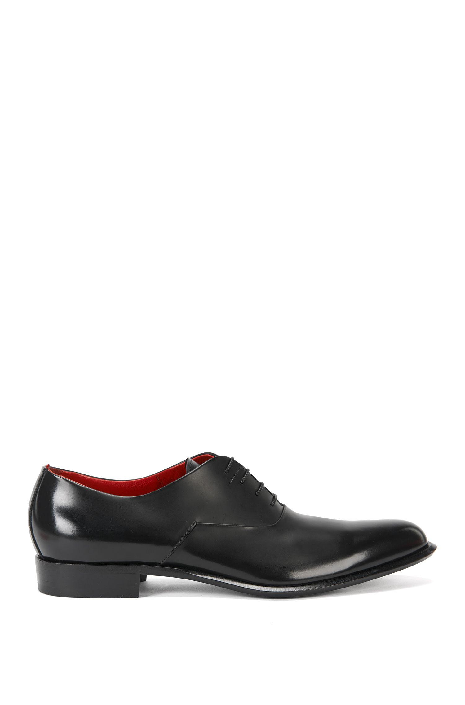 Chaussures Oxford en cuir noble, confectionnées en Italie