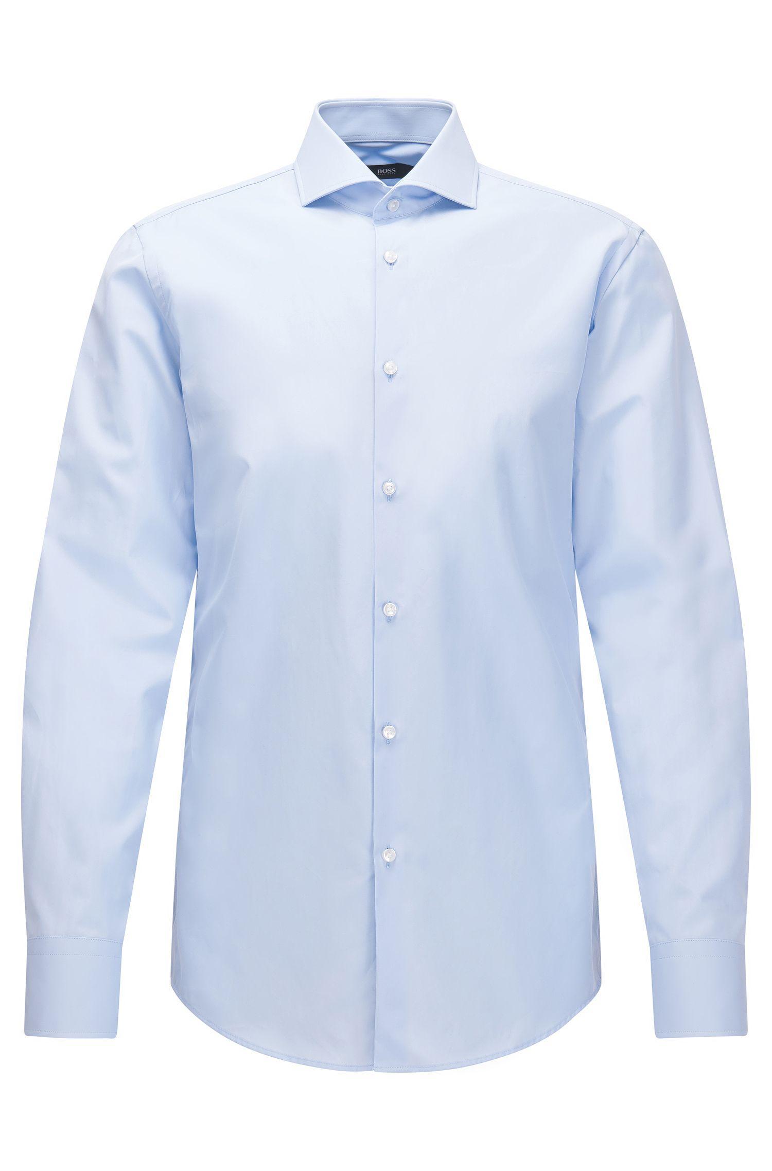 Camisa slim fit elaborada en Italia en algodón de dos capas