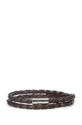 Braided leather bracelet with snap metal closure, Brown