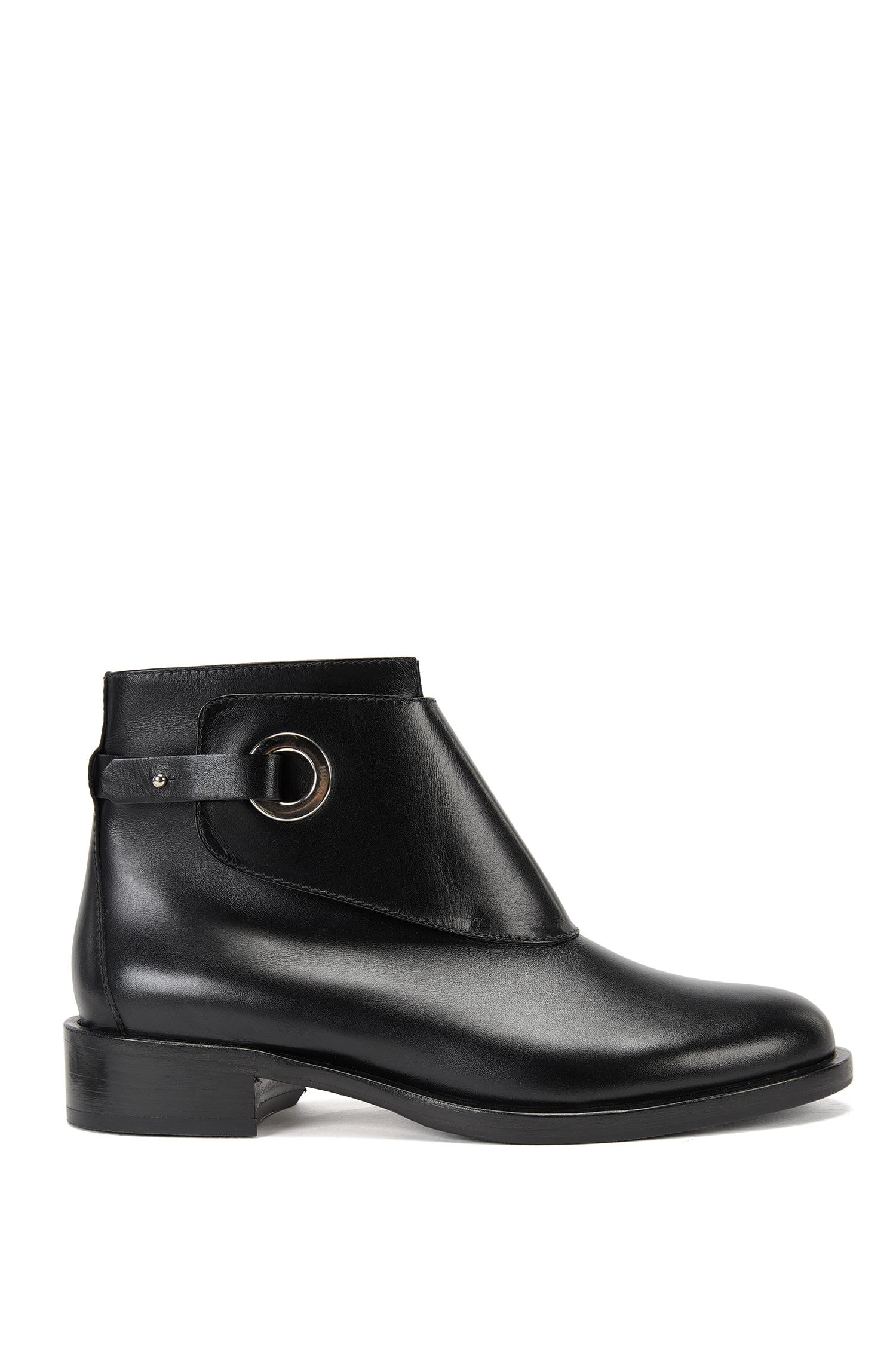 Leather Chelsea boots with porthole closure