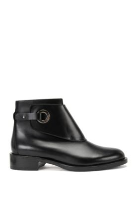 Leather Chelsea boots with porthole closure , Black