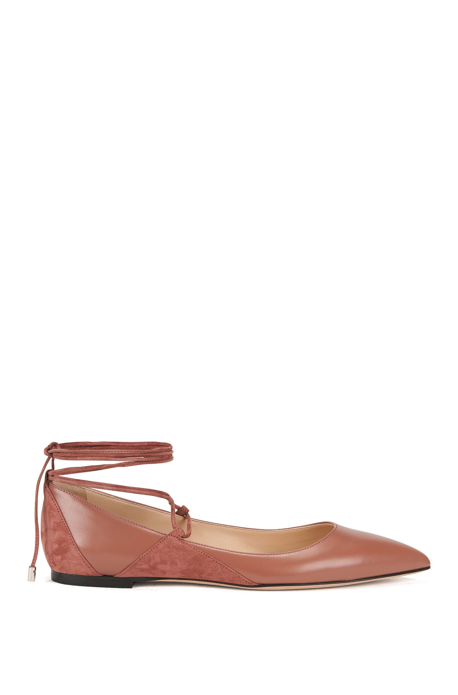 Ballerina flats in leather with lace-up detail