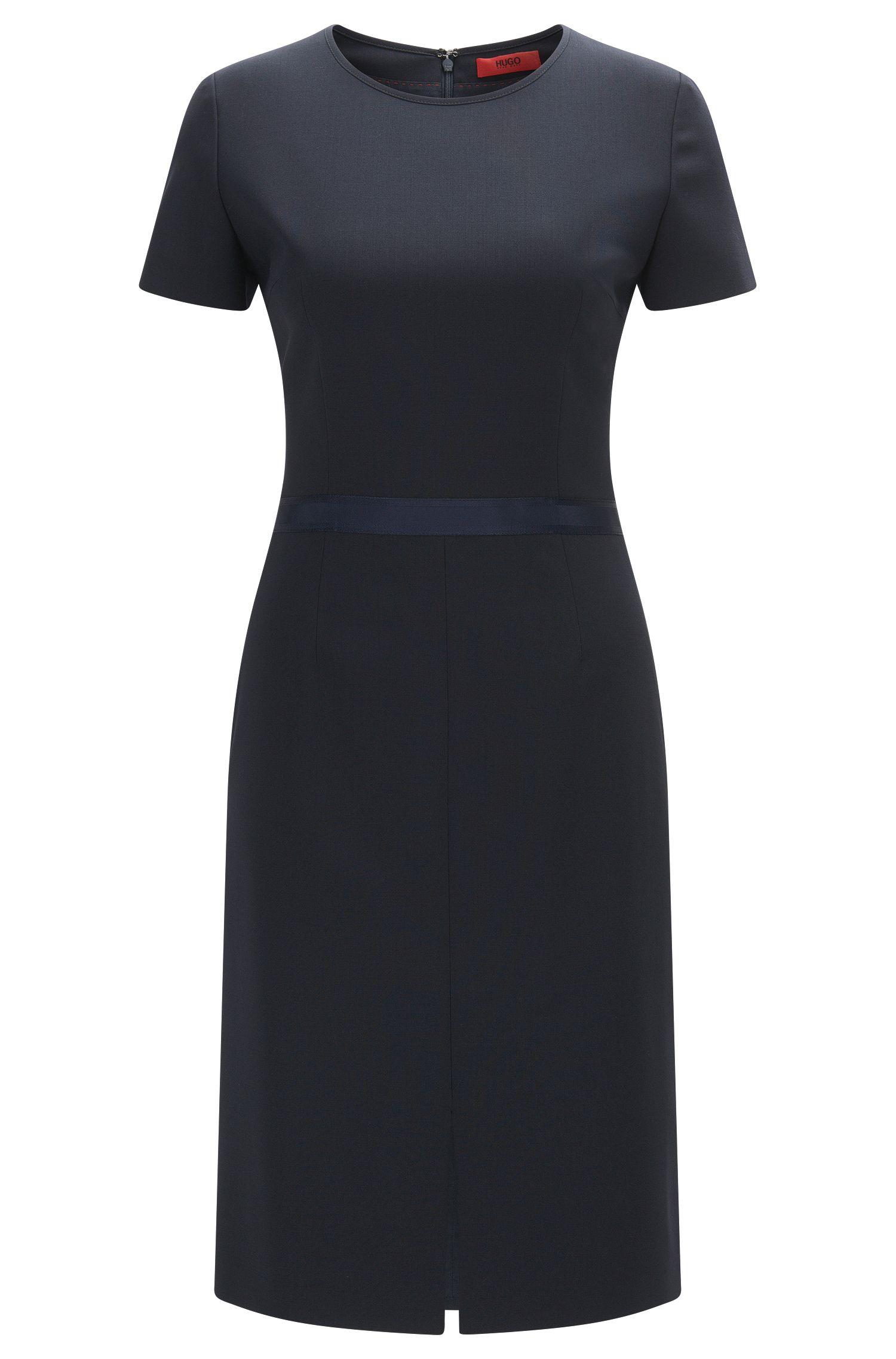 Regular-Fit Kleid aus elastischer Schurwolle mit Band an der Taille