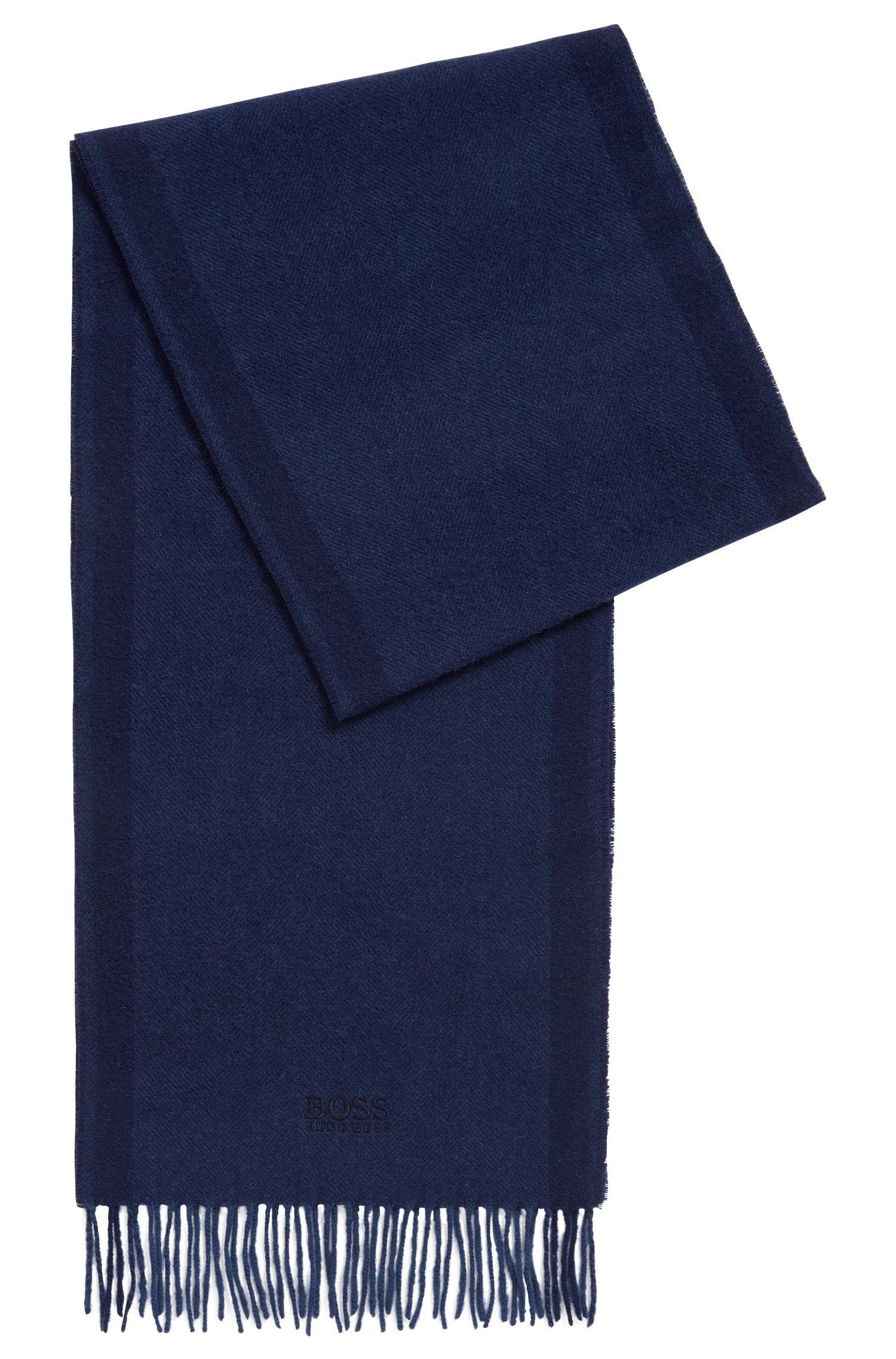 Sjaal in een jacquard van een wolmix met visgraatpatroon