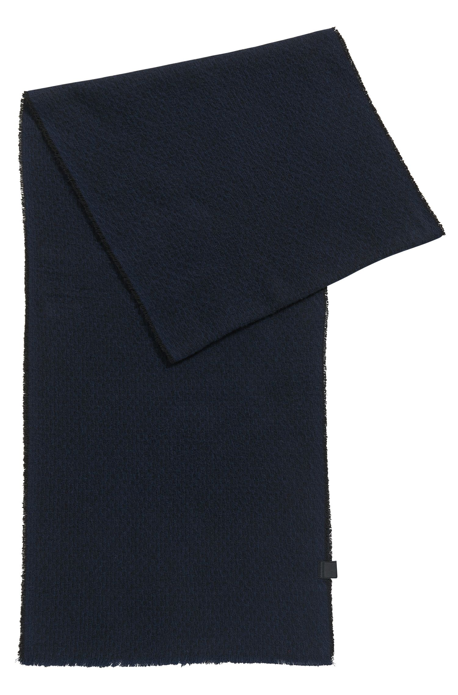 Lightly fringed scarf in structured cotton