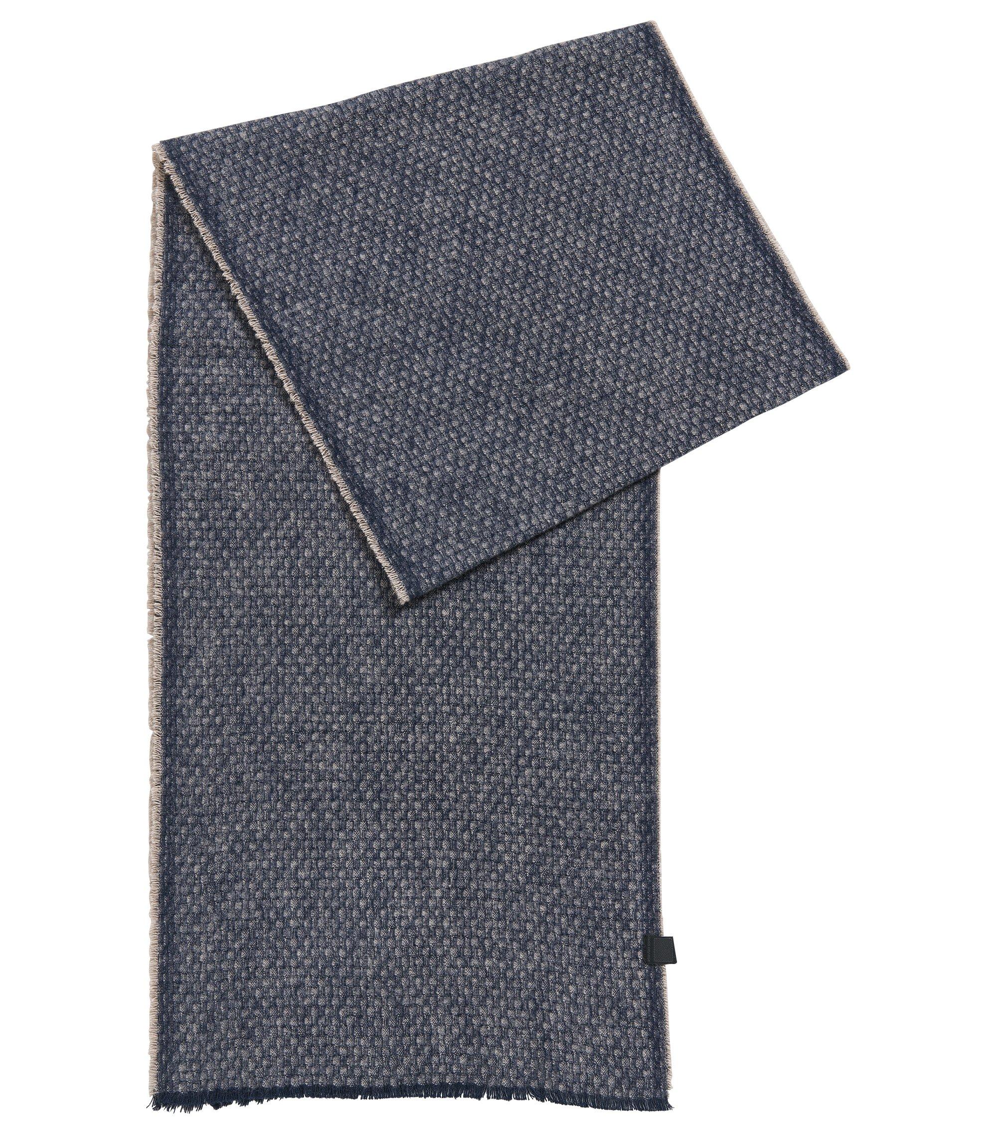 Schal aus strukturierter Baumwolle mit dezenten Fransen, Blau