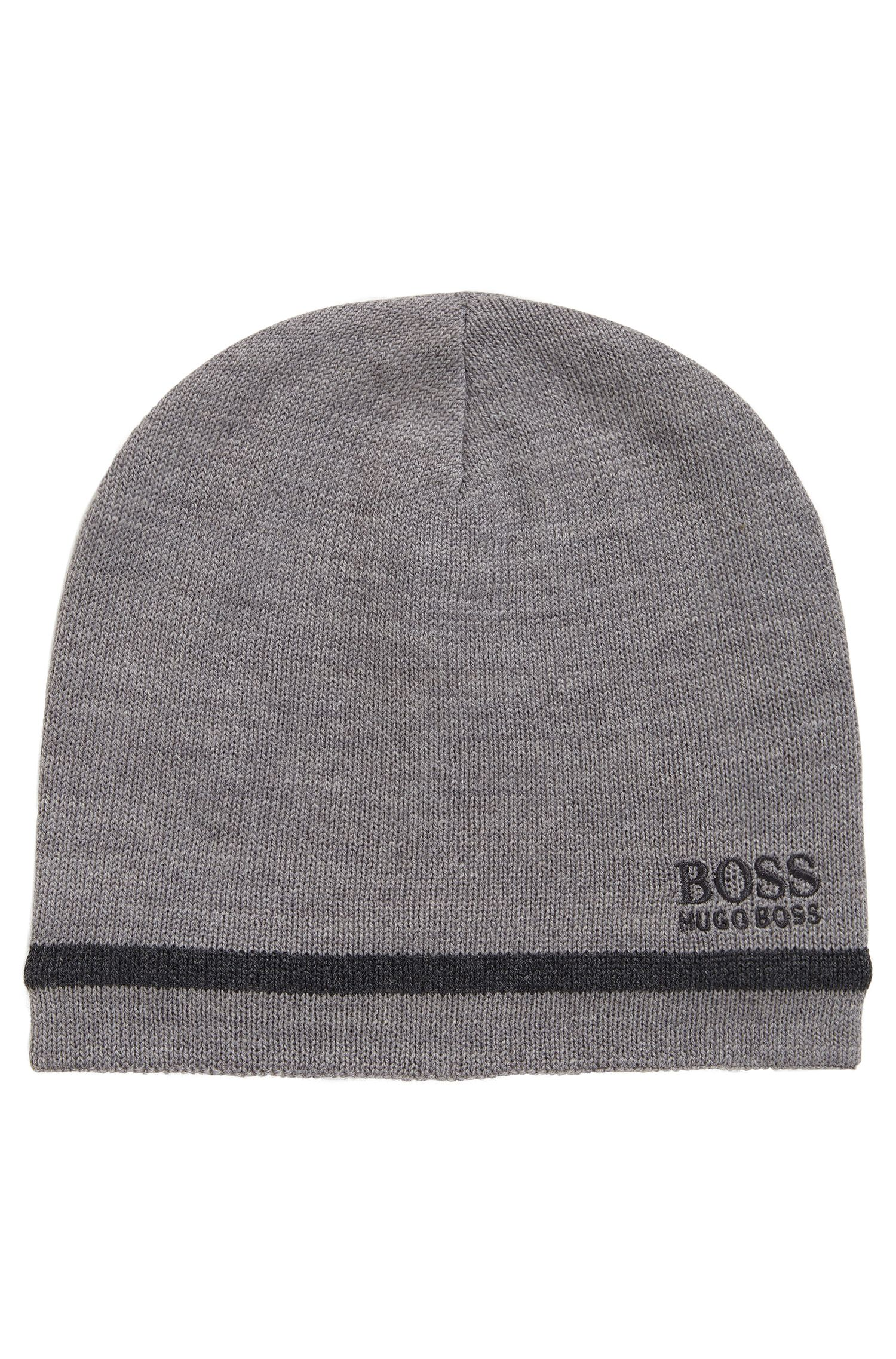 Reversible beanie with embroidered logo