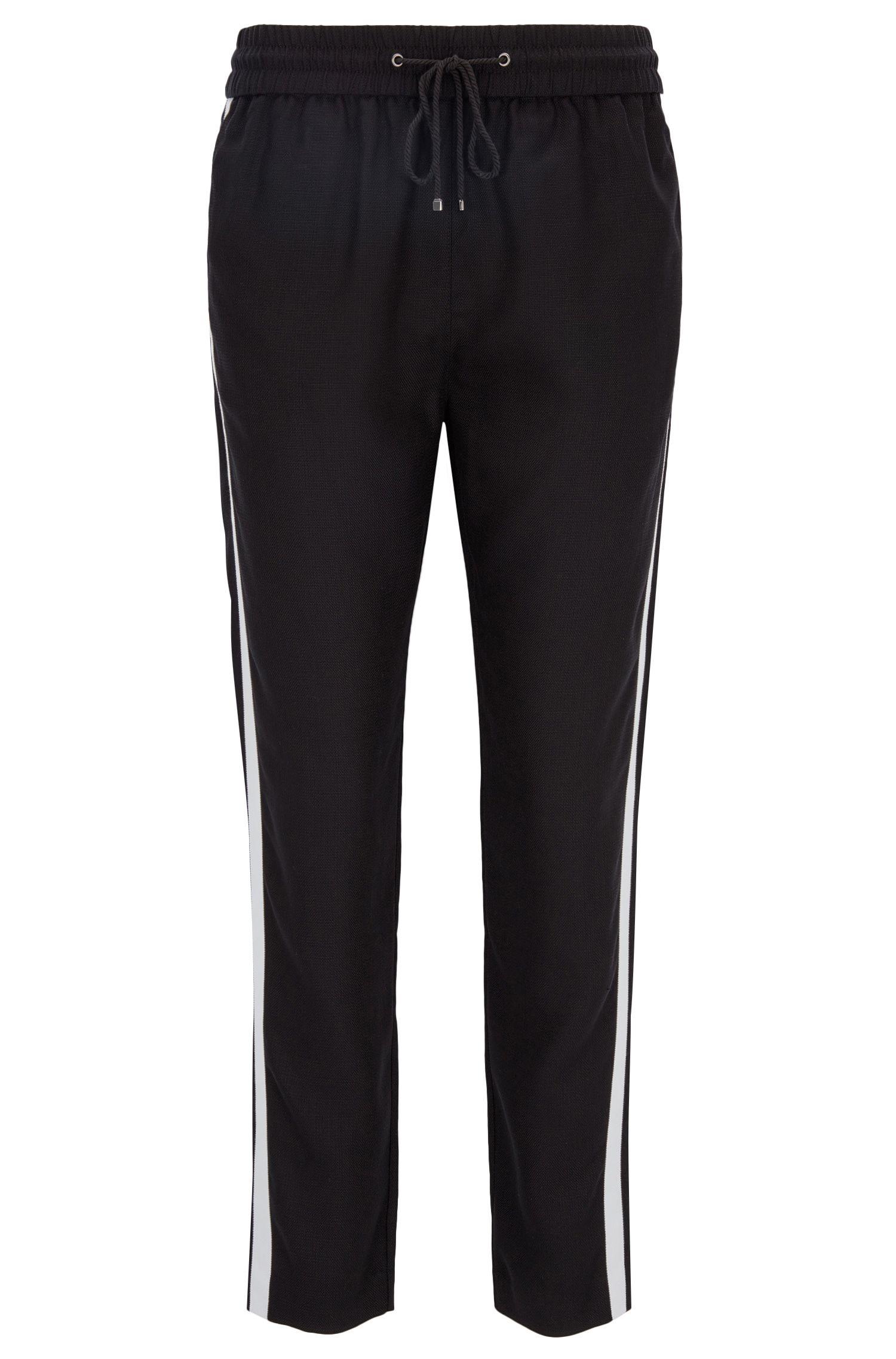 Regular-fit casual broek van technisch materiaal