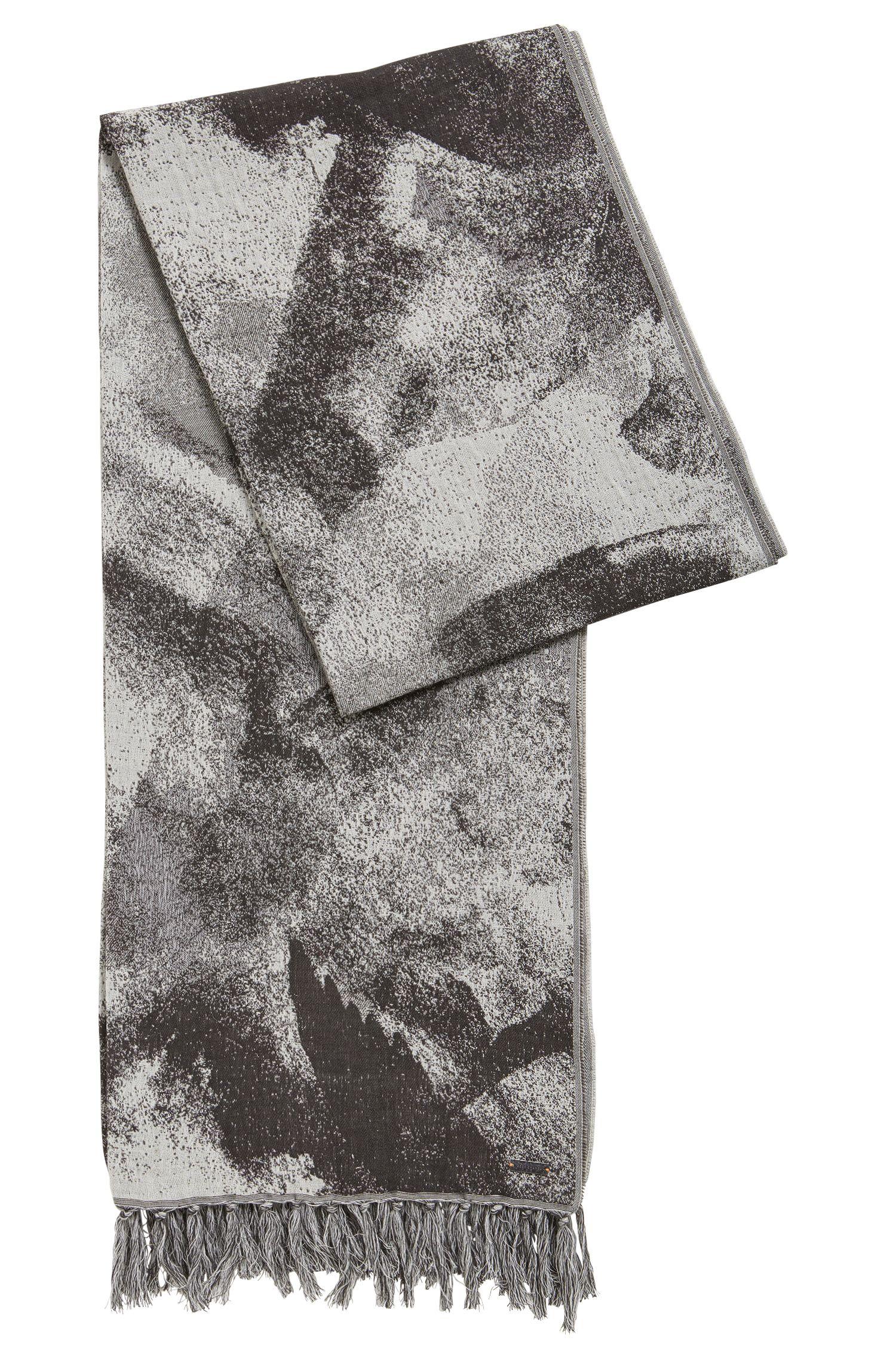 Écharpe en coton mélangé à imprimé abstrait