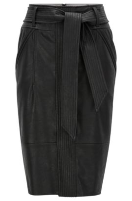 Pencil skirt in structured faux leather, Zwart