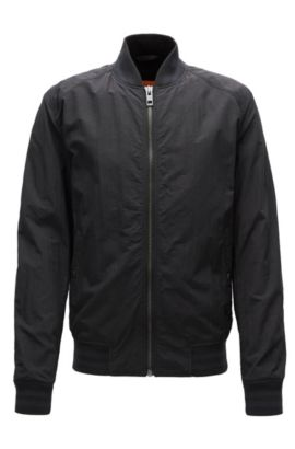 Slim-Fit Jacke aus wasserabweisendem Material-Mix, Schwarz