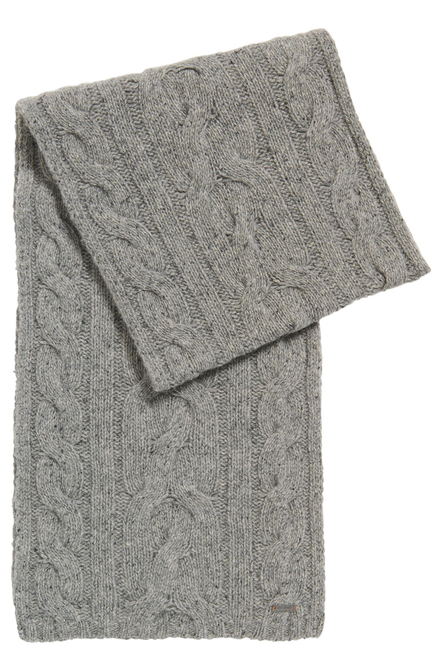 Schal mit Zopfmuster aus Woll-Mix