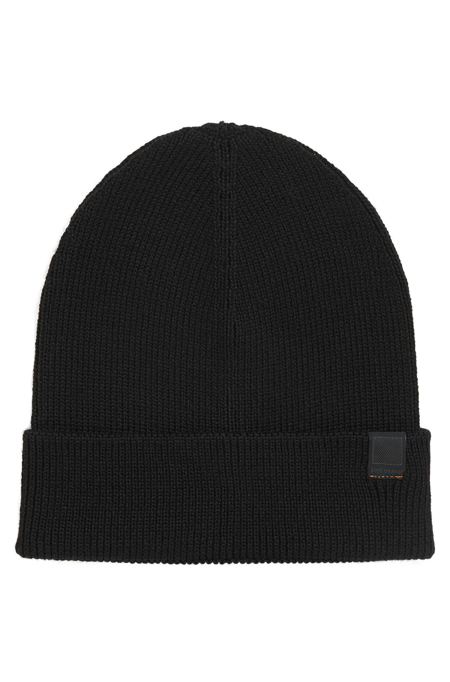 Snug knitted beanie hat in wool blend