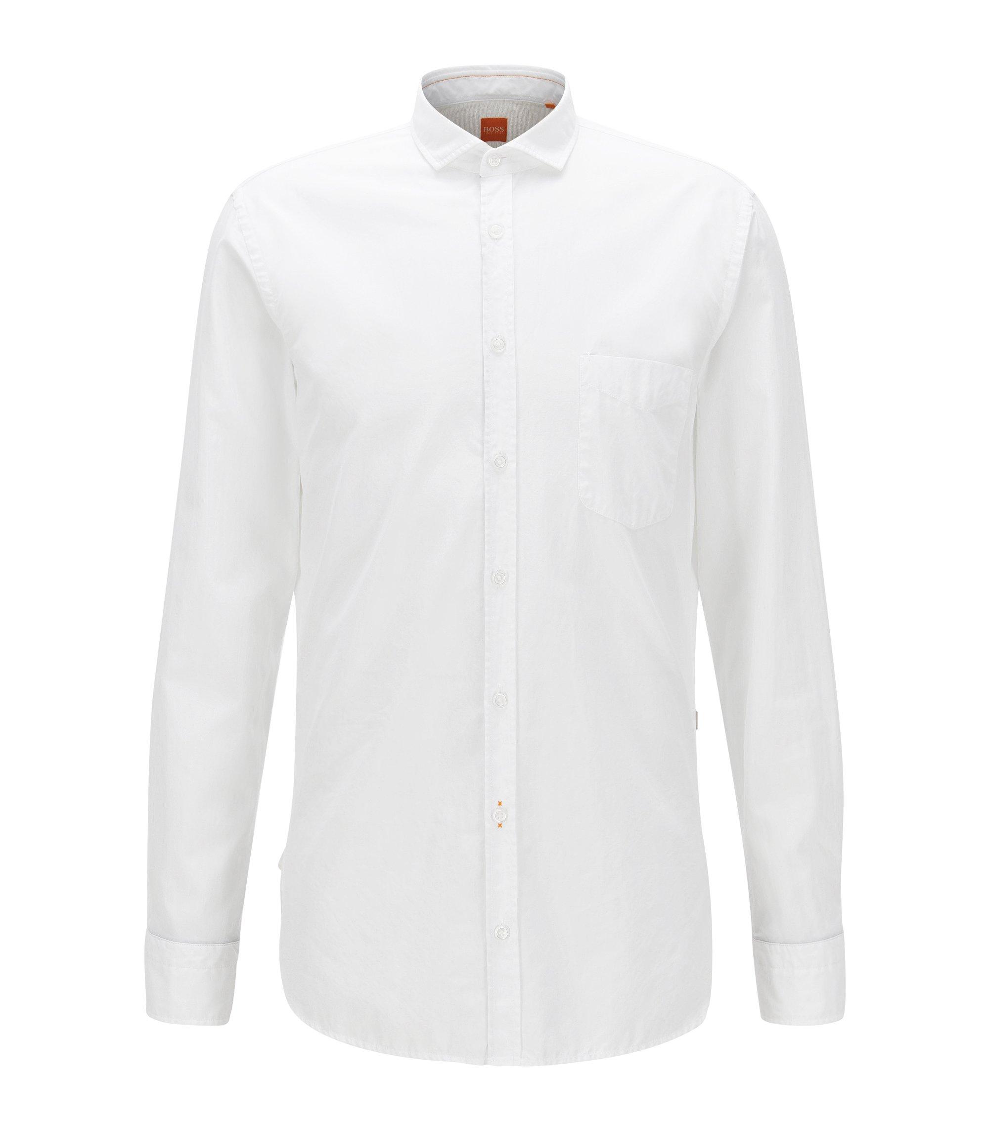 Chemise Slim Fit en popeline de coton teinte en pièce, Blanc
