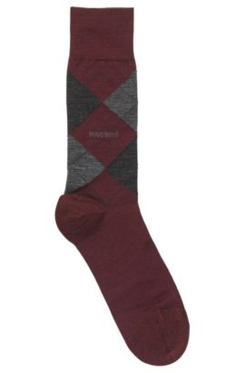 Regular-length socks in climate-regulating fabric, Dark Red
