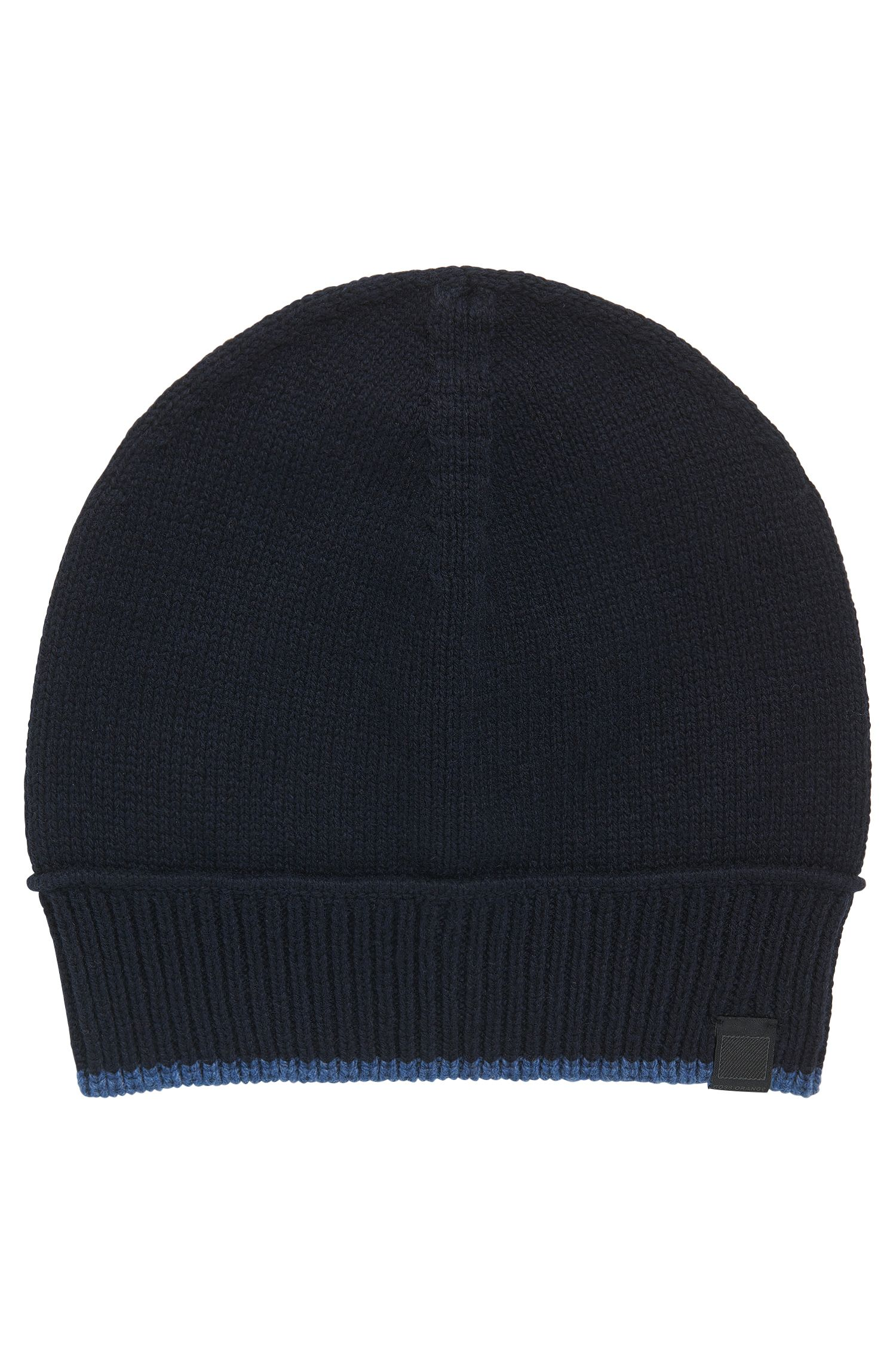 Contrast-piped hat in Italian yarn