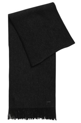 Finely textured scarf in virgin wool , Black
