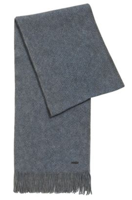 Finely textured scarf in virgin wool , Blue