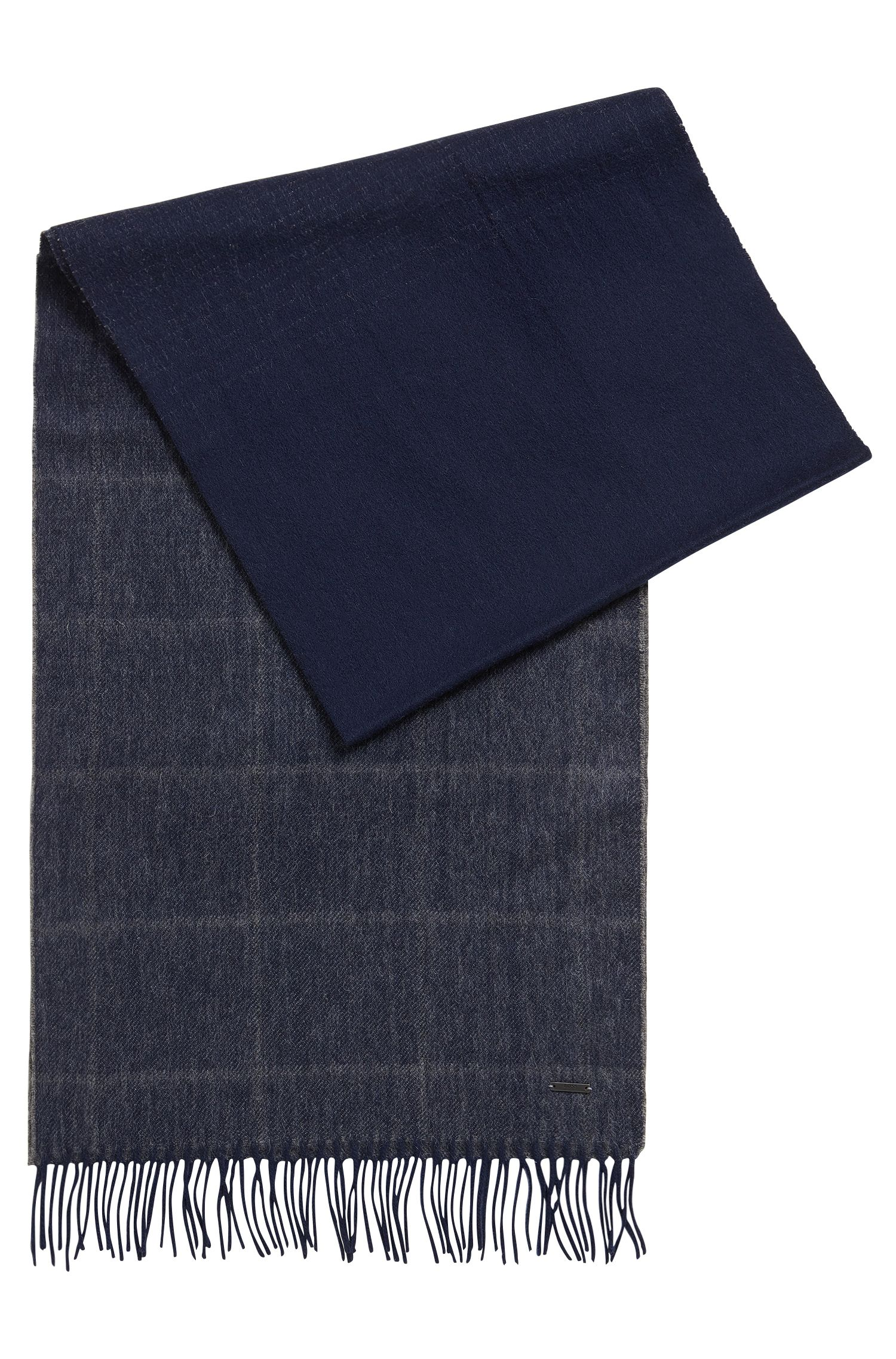 Lightweight graph-check scarf in wool and cashmere