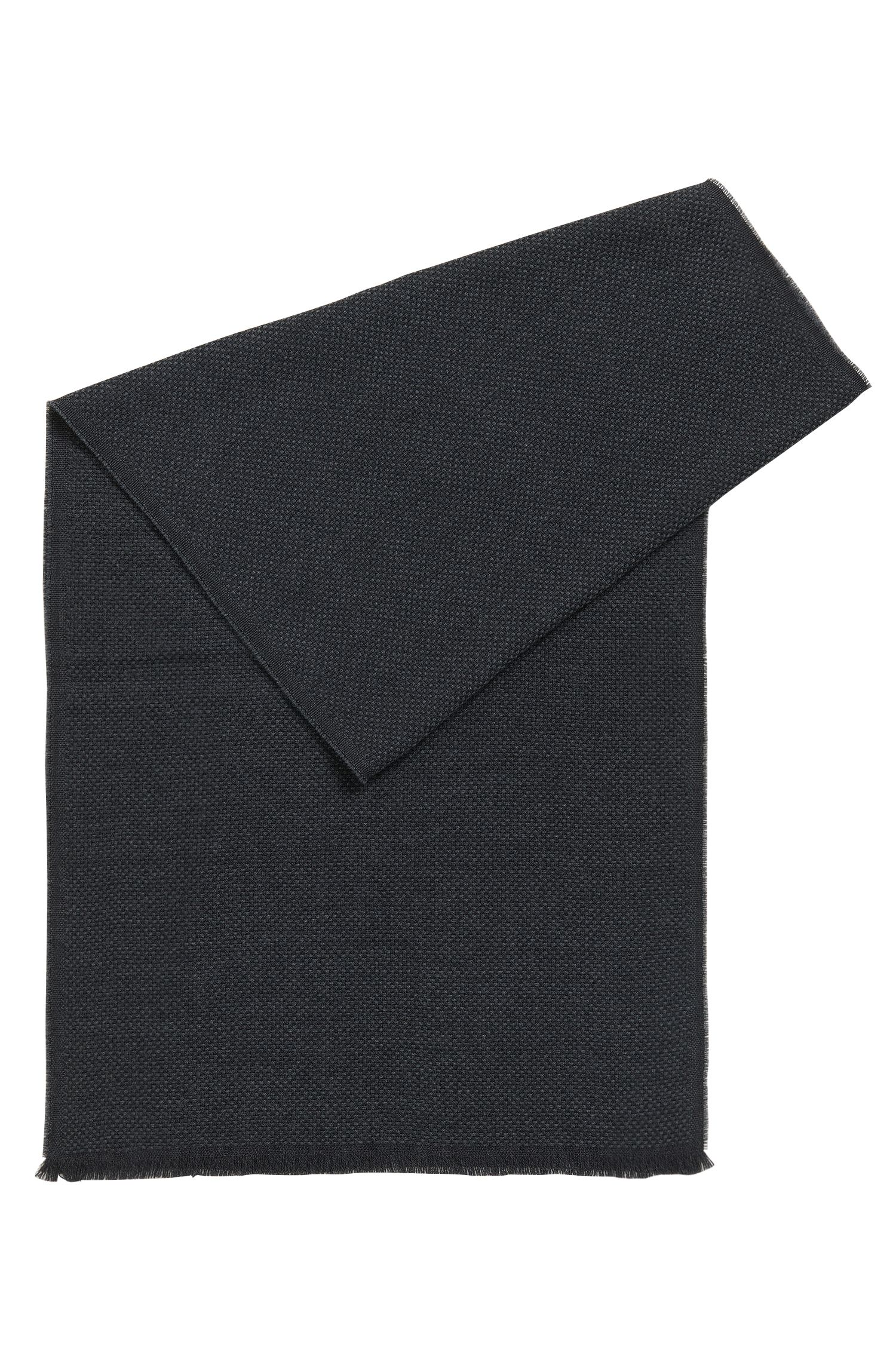 Sjaal van wol met gestructureerd weefpatroon