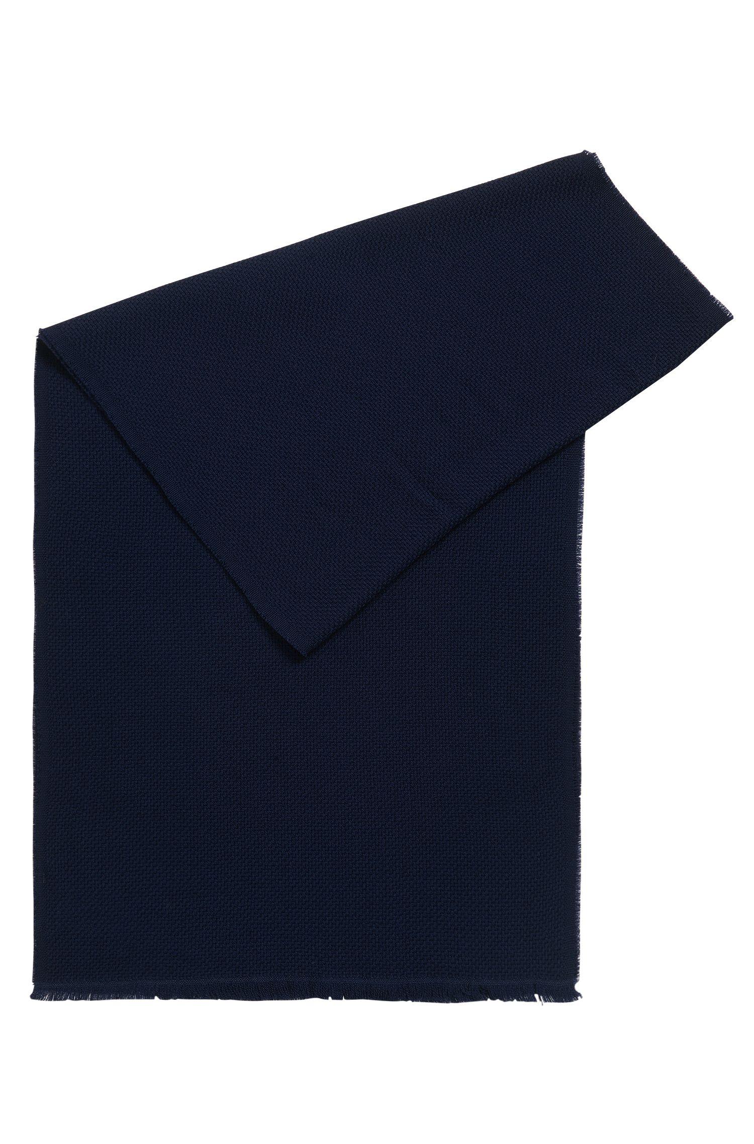 Écharpe en laine texturée