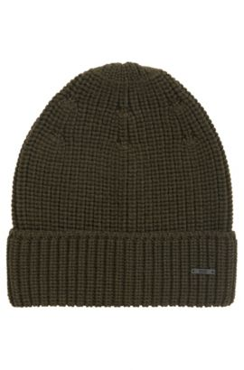 Knitted beanie hat in pure wool, Dark Green