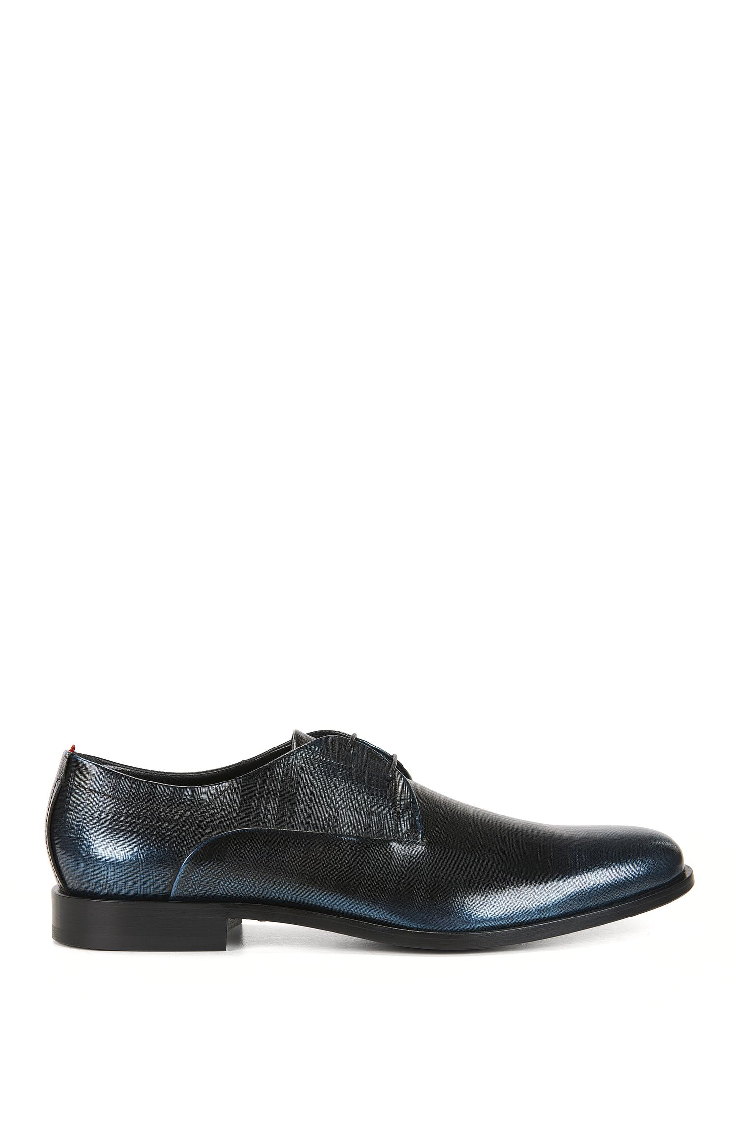 Derby shoes in embossed brush-off leather