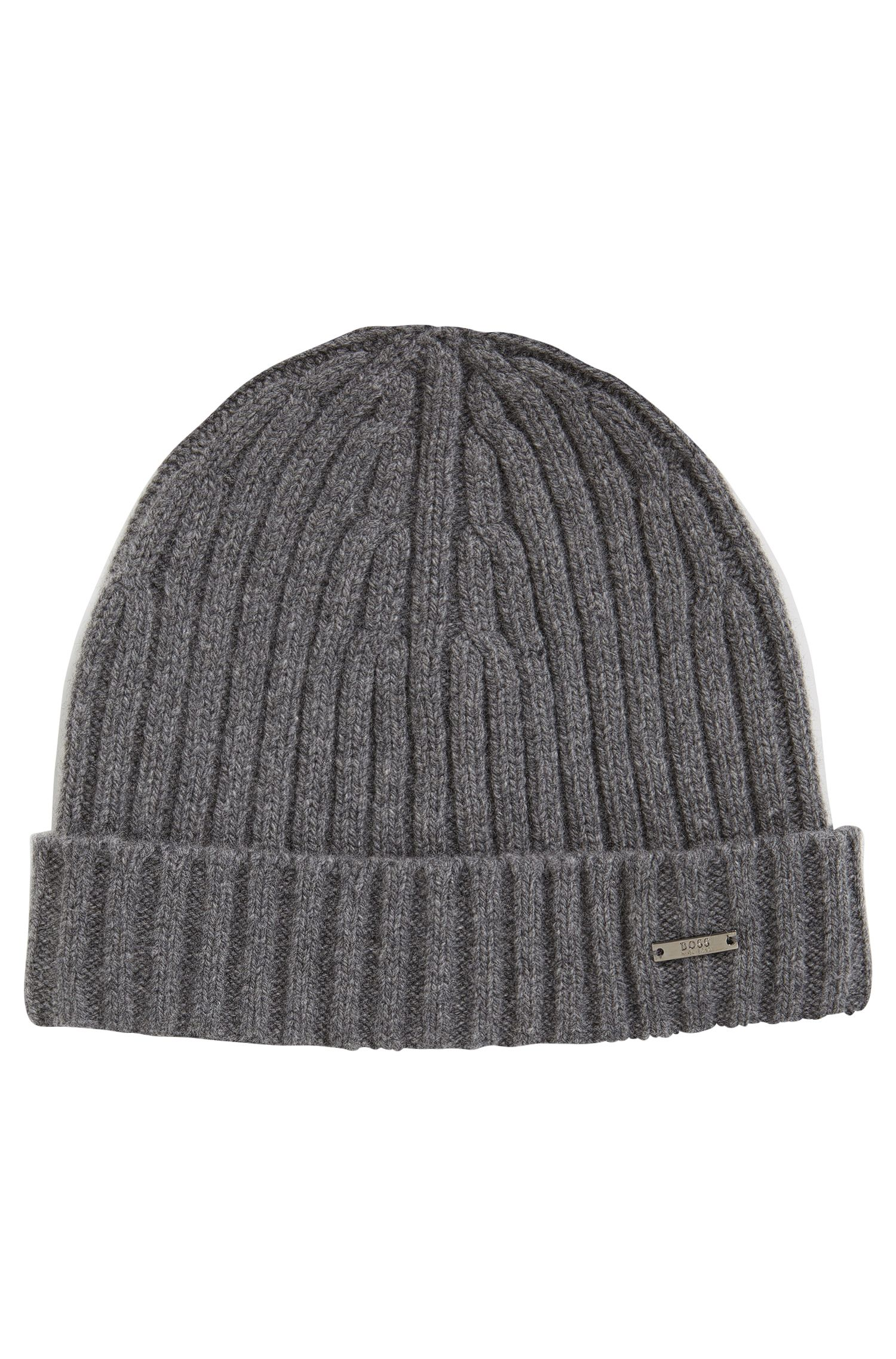 Ribbed beanie hat in cashmere and wool