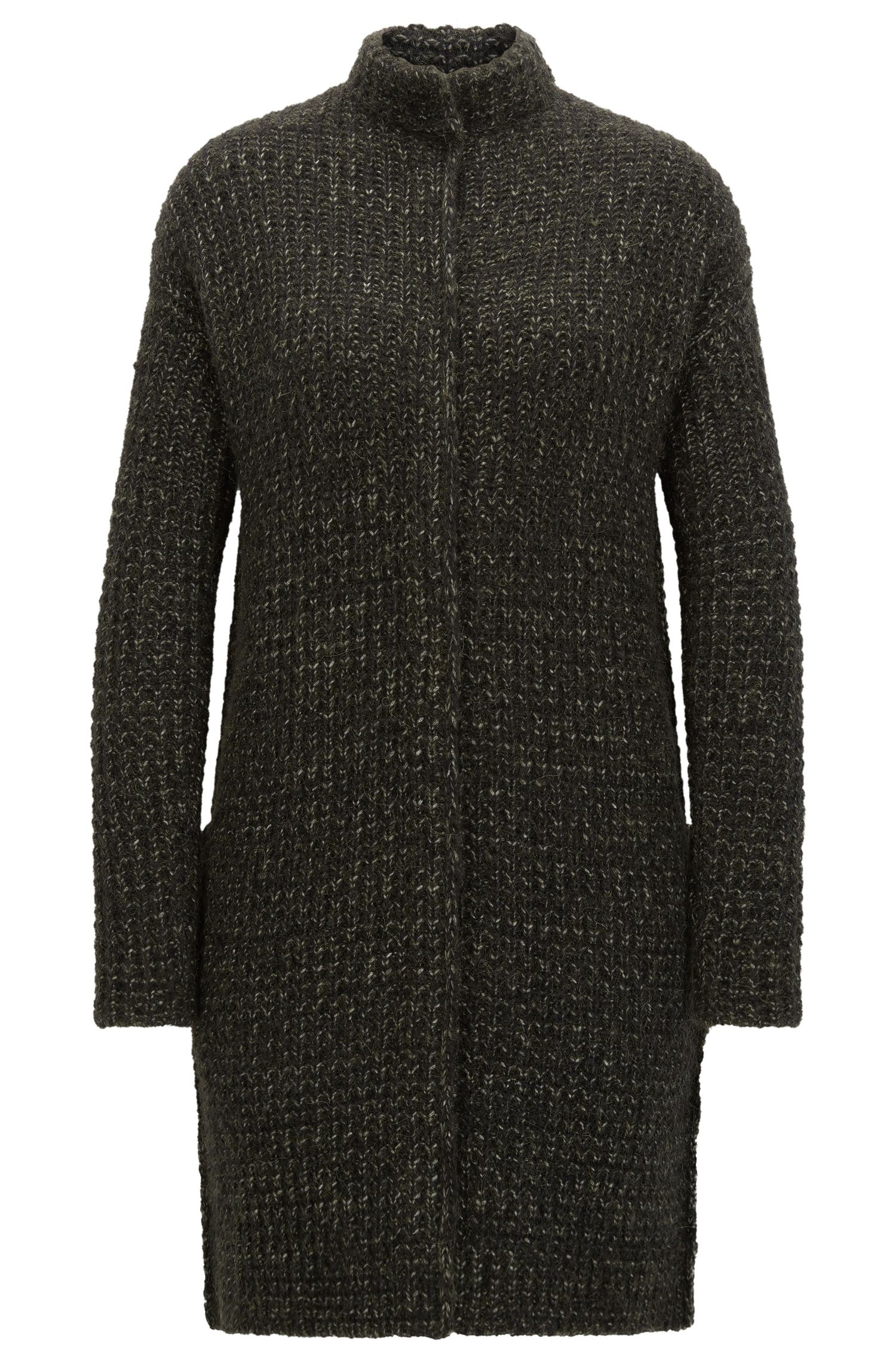 Relaxed-fit coat in structured yarns