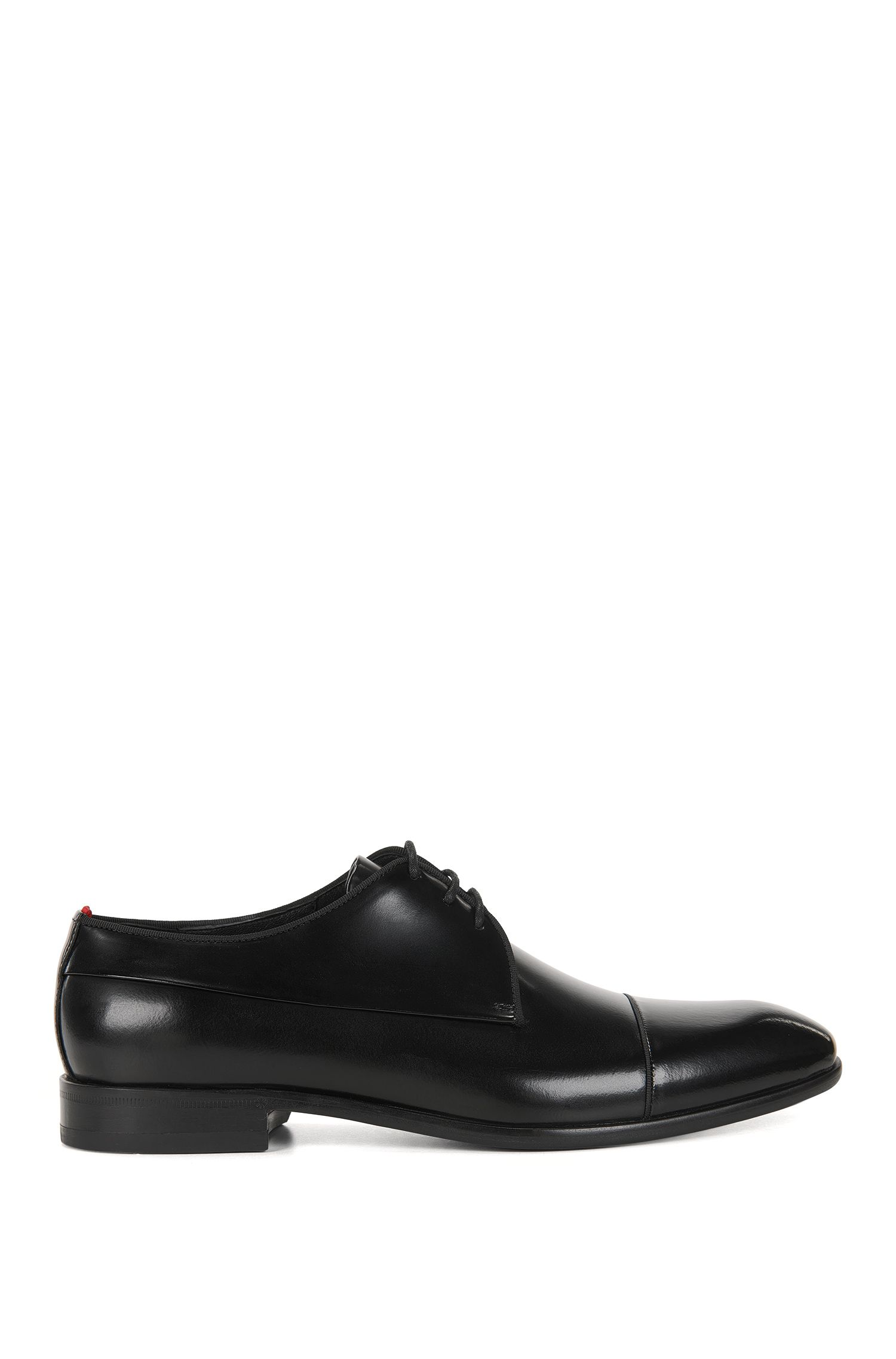 Derby shoes in polished leather
