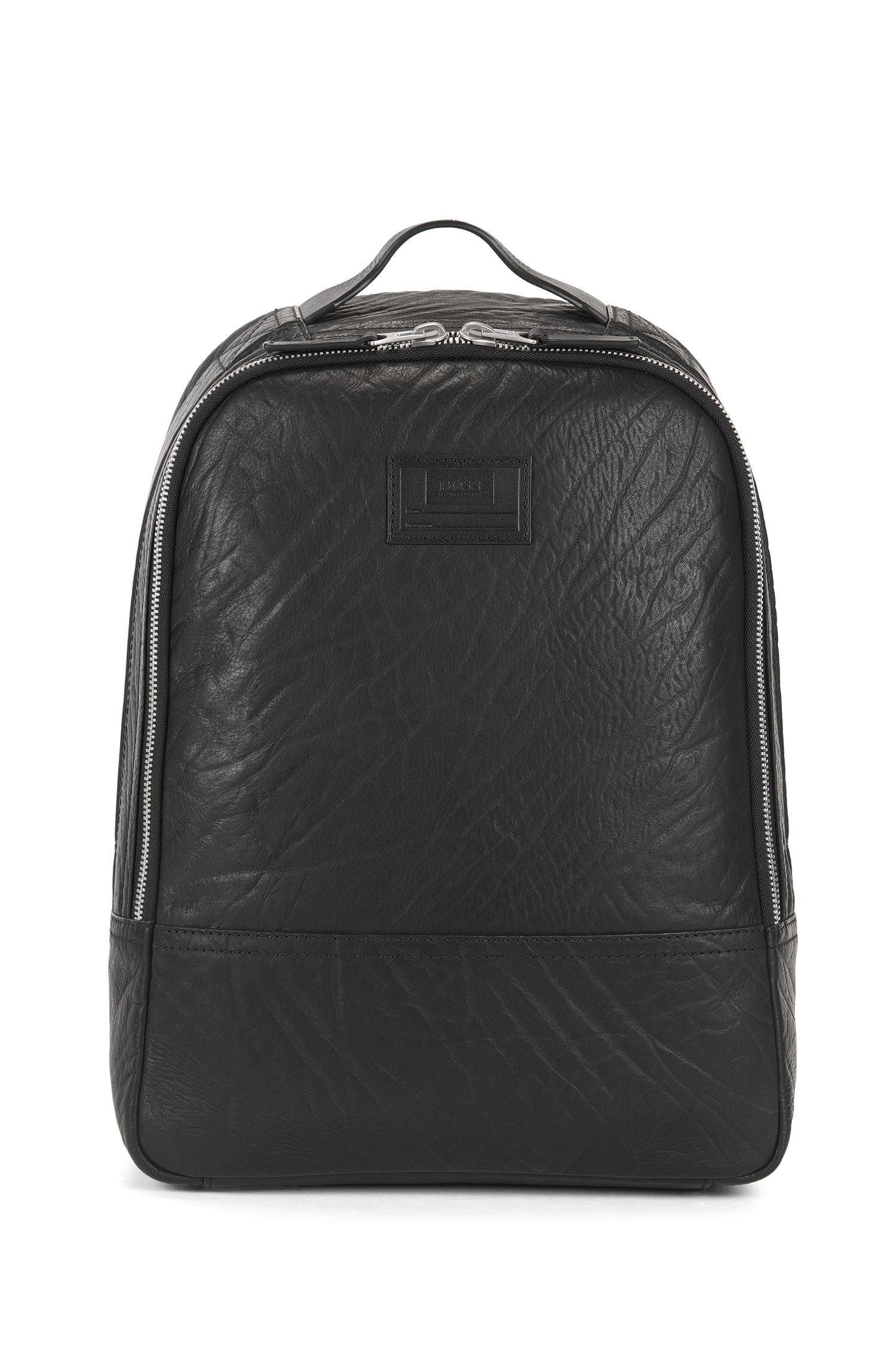 Spacious backpack in grained leather