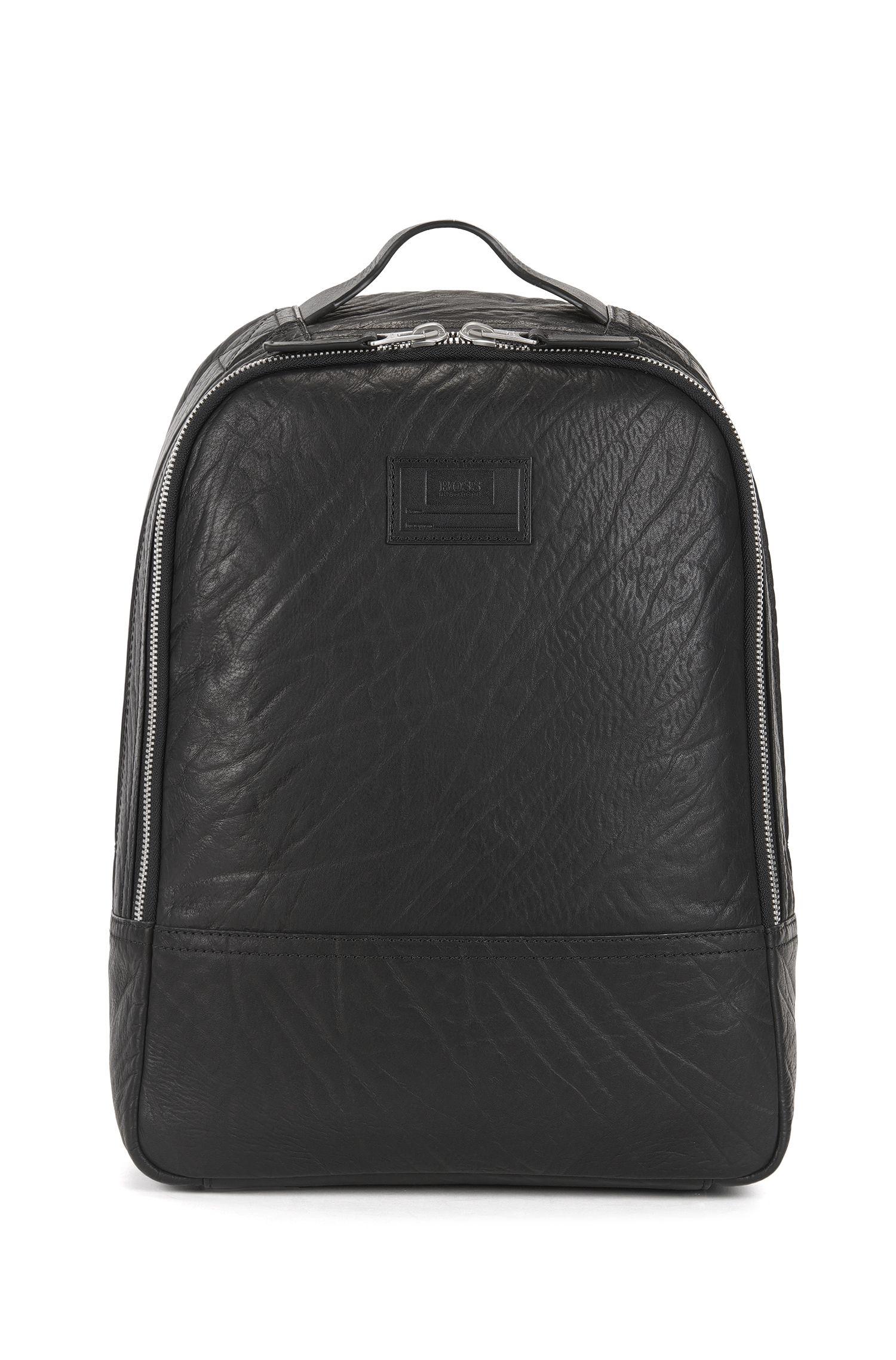 Geräumiger Rucksack aus genarbtem Leder