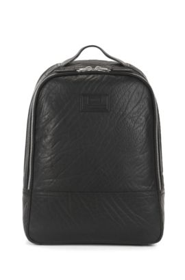 Spacious backpack in grained leather, Black