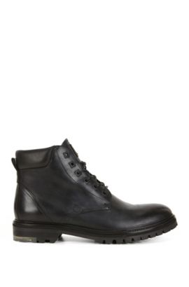 Lace-up boots in washed leather, Black