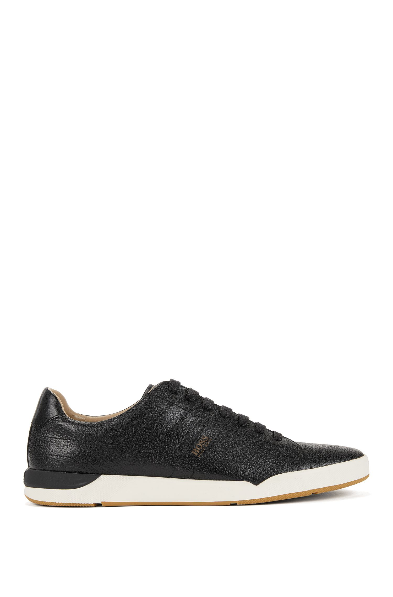 Low-top trainers in grained leather