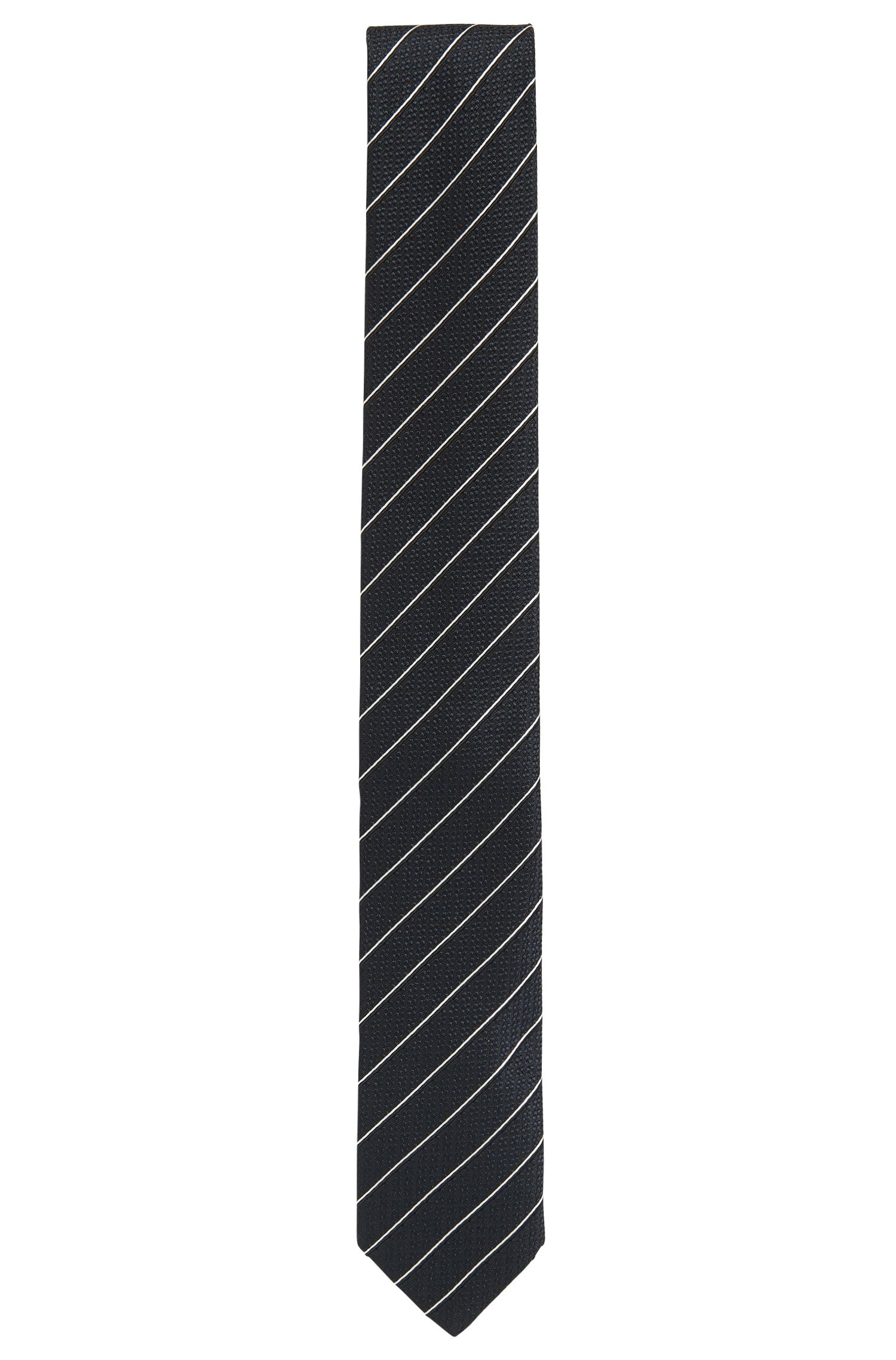 Cravate en jacquard de soie à rayures en diagonale