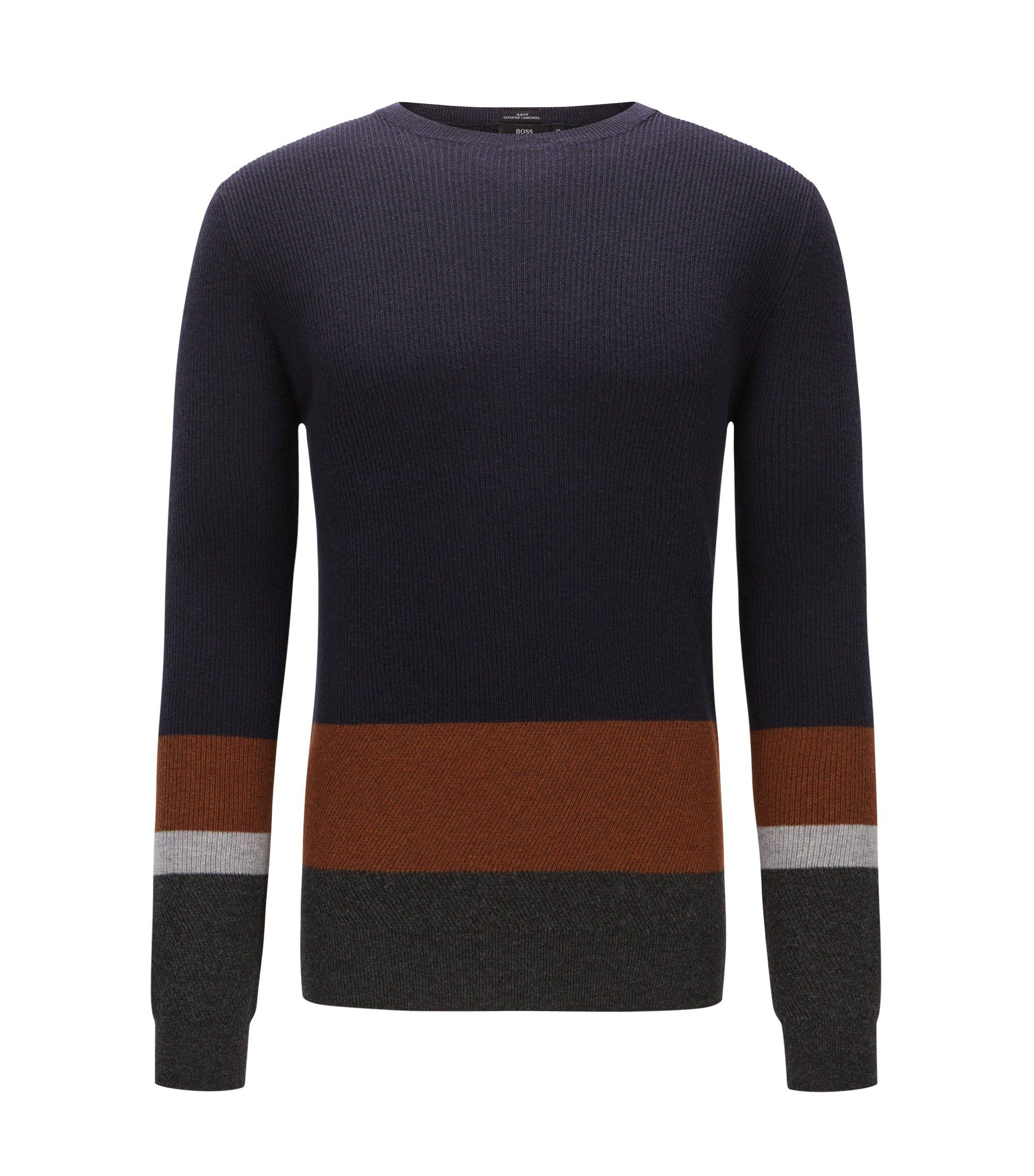 Slim-Fit Pullover aus gerippter Schurwolle im Colour Block Design, Dunkelblau