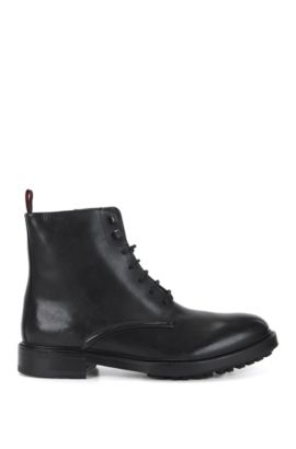 Lace-up boots in buffalo leather, Black